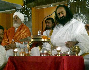 Sri Sri At Kumbh Mela Feb 2013